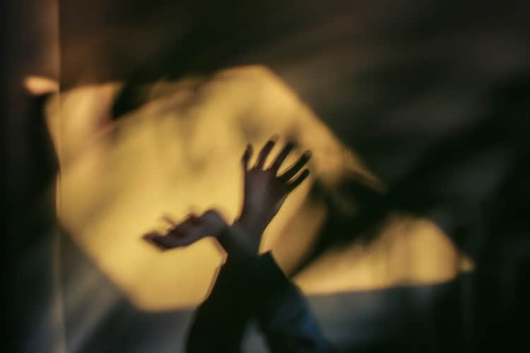 IS ASTRAL PROJECTION SAFE? + HOW TO EXPERIENCE astral travelling - Lucid Dream Society
