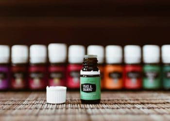 THE BEST 20 ESSENTIAL OILS FOR LUCID DREAMING - Lucid Dream Society