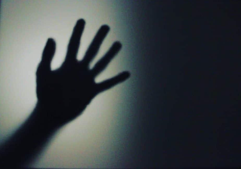 32 Sleep Paralysis Stories - Lucid Dream Society