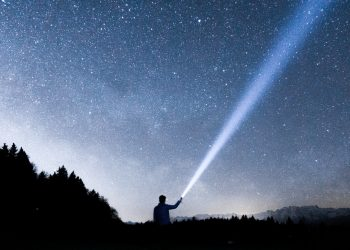 2 SIMPLE ASTRAL PROJECTION GUIDES (Plus 18 Unique Benefits) - Lucid Dream Society